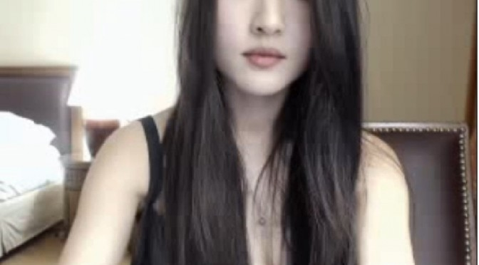 (FEATURED) HotRain4Cum Slender Asian Sex Webcam Model!